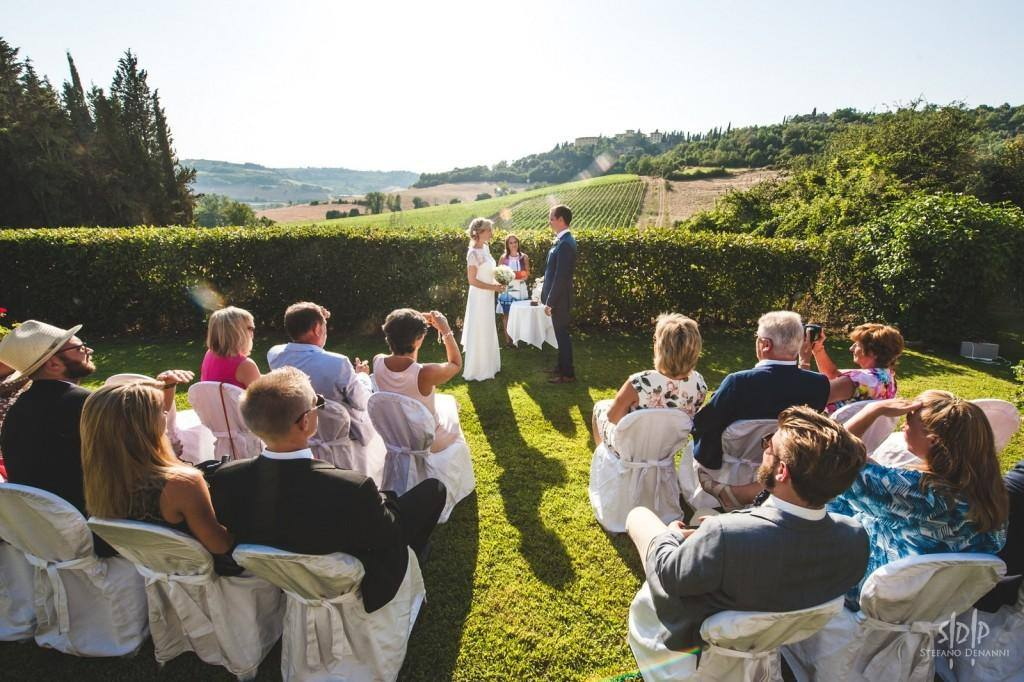 SWEDISH DESTINATION WEDDING TUSCANY